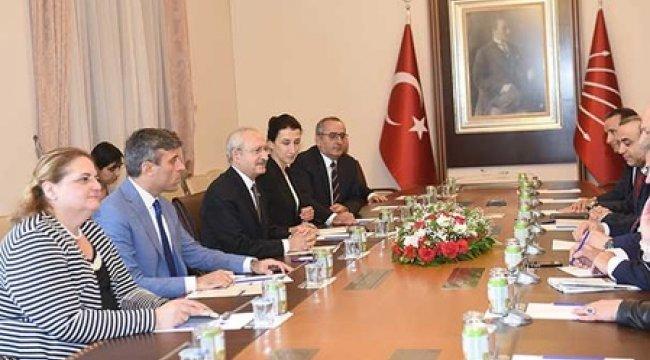 Kılıçdaroğlu, AGİTPA heyetiyle görüştü