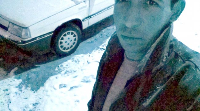 Asılı Kalan Arkadaşını Kurtarmak İsteyen İşçi Beşinci Kattan Düşerek Öldü