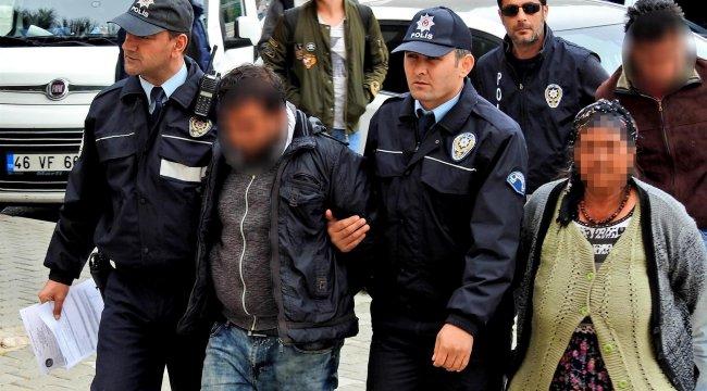 Çeşme'deki villa hırsızları tutuklandı
