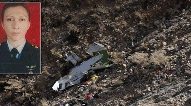 İran'daki uçak kazasında pilotun cenazesi neden bulunamadı?