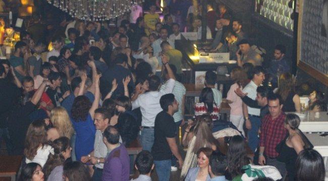 İran'lı Turistler Nevruz'u Barda Kutladı