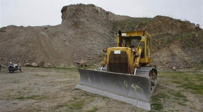 Manisa'da SİT alanında kepçeli kazıya gözaltı