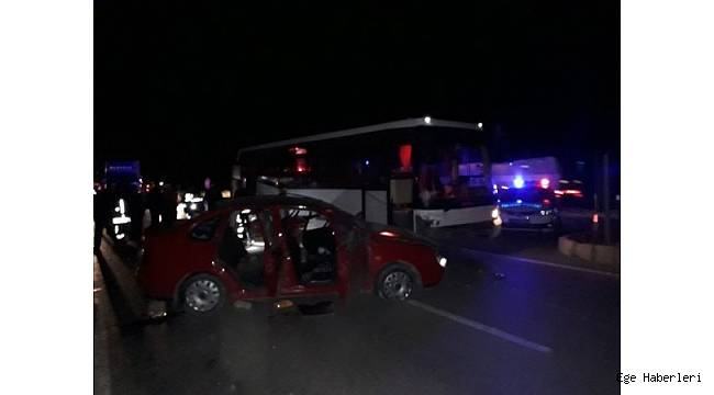 Denizli'de işçileri taşıyan servis minibüsü ile bir otomobil çarpıştı. Kazada 3 kişi hayatını kaybederken 9 kişi de yaralandı.