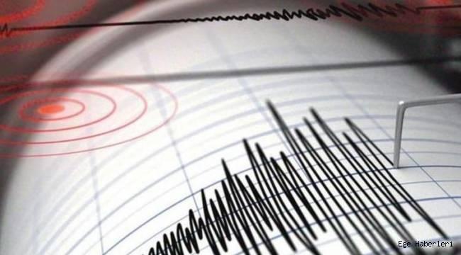 Son Dakika!! İzmir'de Korkutan Deprem!