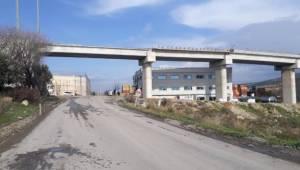 İzmir'de Köprüden Düşen İşçi Kurtarılamadı
