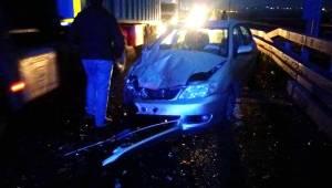 Manisa'da İki Otomobil Çarpıştı: 7 Yaralı