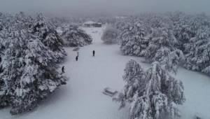 Spil Dağı'nda Kar Keyfi