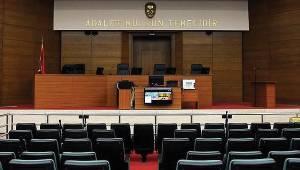 Uşak'ta FETÖ sanıklarına hapis cezası