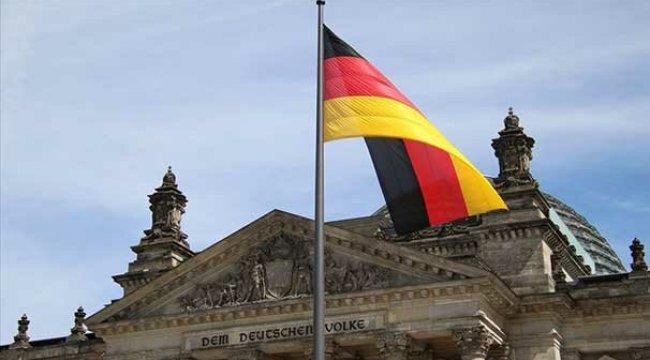 Almanya Suudi Arabistan'a silah ihracatını durdurma kararını 6 ay uzattı