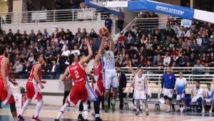 Denizli Basket Ups Spor'u Farklı Geçti
