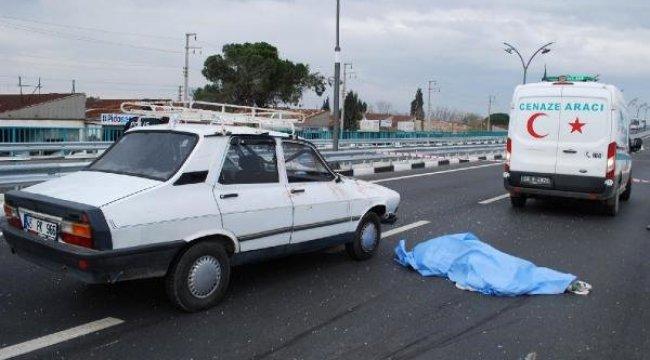 Yolun Karşısına Geçmek İsterken Otomobilin Çarptığı Yaşlı Adam Öldü