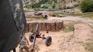 İzmir'in Urla ilçesindeki askeri birlikte eğitim sırasında yaşanan patlamada bir asker şehit oldu bir asker ise yaralandı.