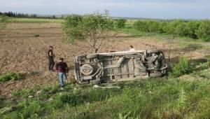 Afyonkarahisar'da inşaat işçilerini taşıyan midibüsün şarampole devrilmesi sonucu 7 kişi yaralandı.