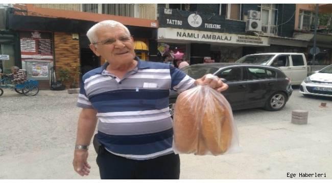 Denizli'de ekmeğe 25 kuruş zam geldi. Gelen zamla 200 gram ekmeğin satış fiyatı 1 lira 25 kuruş oldu.