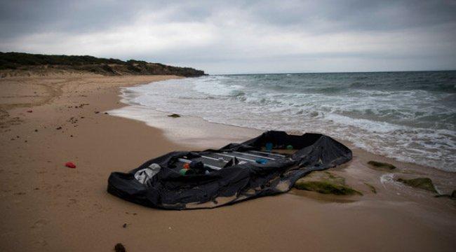 İspanya açıklarında göçmen teknesi battı