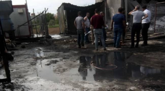 İzmir'de Strafor Fabrikasında Korkutan Yangın