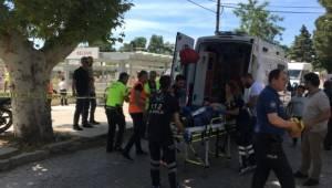 İzmir'in Selçuk ilçesinde 18 yaşını henüz doldurmayan genç, dayısını 16 el ateş ederek öldürdü.