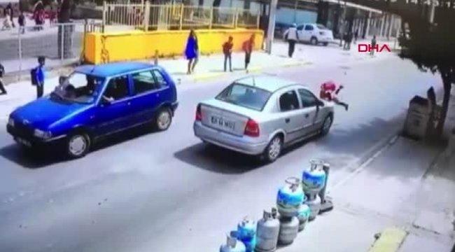 İzmir Okul Çıkışında Otomobilin Çarptığı 8 Yaşındaki Hazal Yaralandı