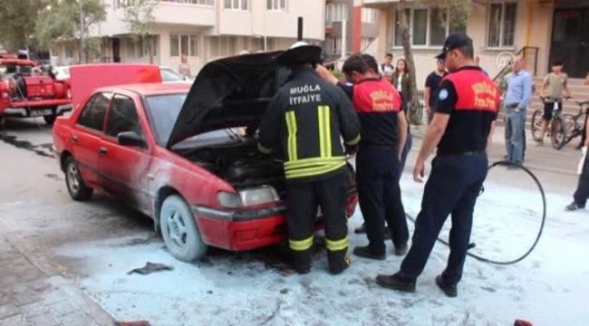 Muğla'da araç yangını