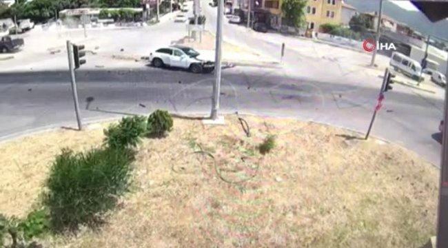Fethiye'de 1'i çocuk 6 kişinin yaralandığı kaza kamerada