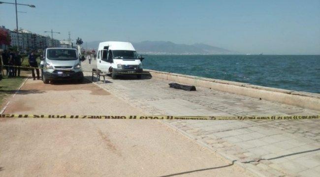 İzmir'de Gündoğdu Meydanı civarında denizden ceset çıktı