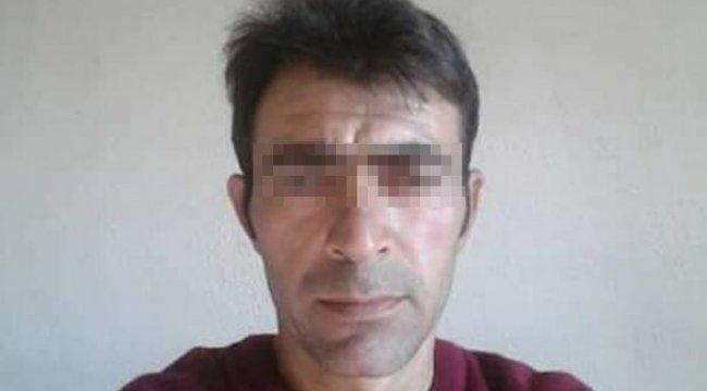 İzmir'in Kiraz ilçesinde, Orhan A., eşiyle ilişki yaşadığını iddia ettiği adamı öldürdü
