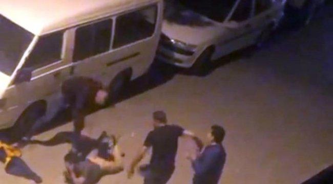 Kütahya'da bir genç sokak ortasında sopa ve kemerle dövüldü