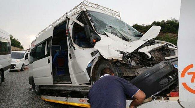 Muğla'da feci kaza: 14 yaralı