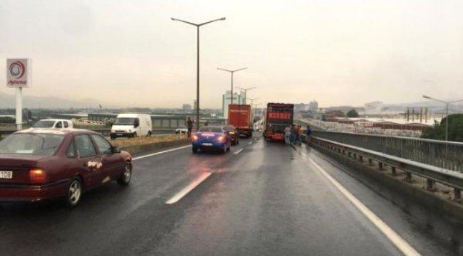 Turgutlu'da ulaşıma kısa süreli yağmur engeli (2)