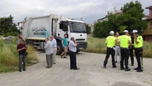 UŞAK'ta çöp kamyonunun çarptığı yaşlı kadın öldü
