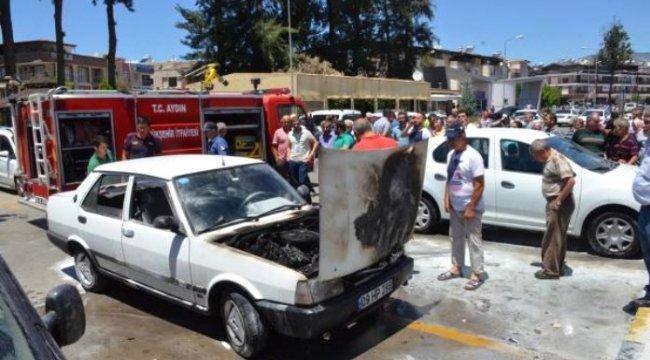 AYDIN'da Nazilli ilçesinde, hastane otoparkında otomobil yangını