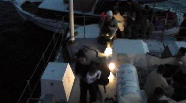 MUĞLA'da ahşap teknede 34 kaçak göçmen yakalandı