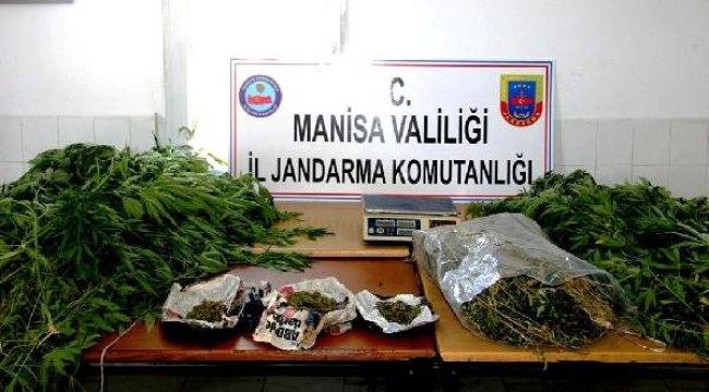 Sarıgöl'de baba- oğul uyuşturucudan gözaltına alındı