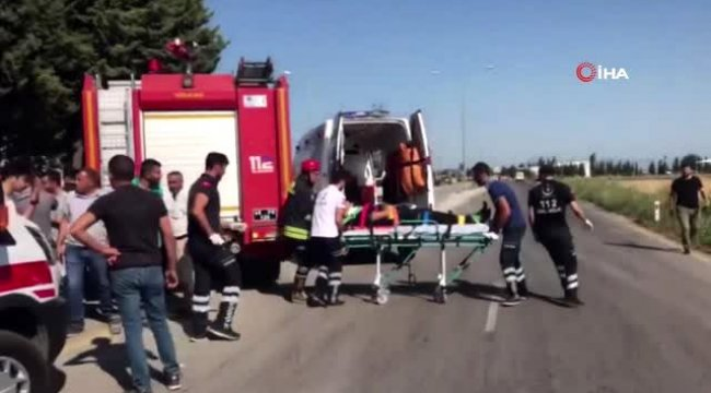 Manisa'nın Şehzadeler ilçesinde işçi servisi ile hafif ticari araç çarpıştı: 16 yaralı