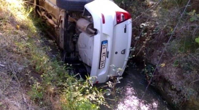 Denizli'de Okul müdürü trafik kazasında yaralandı