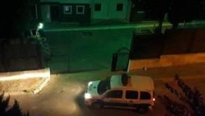 İzmir'in Buca ilçesinde ''Sevgi evi'' dehşet evine döndü! 1 genç kız yaralı