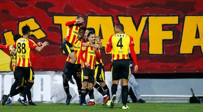 Galatasaray, Göztepe'ye 2-1 yenildi
