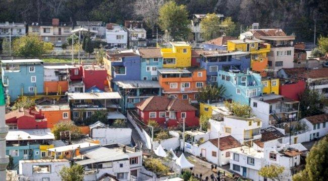 İzmir'de 'Renkli Mahalle'
