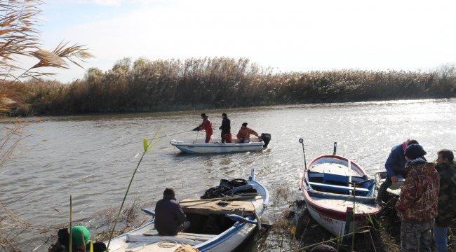 İzmir'in Foça ilçesinde, Nehirde kaybolan amatör balıkçının cesedi bulundu