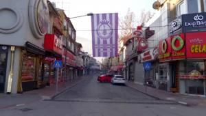 AFYONKARAHİSAR - Sokağa çıkma kısıtlamasına uyuldu